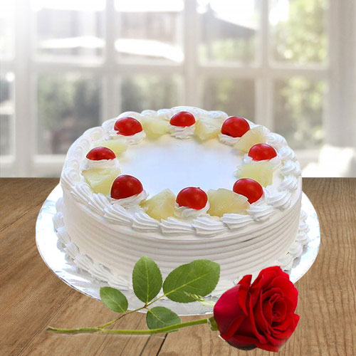 Exquisite Vanilla Cake N Red Rose