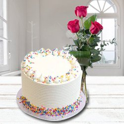 Moistening Delight Vanilla Cake added with 3 Red Rose Posy