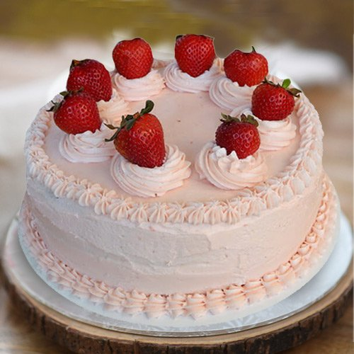 Sumptuous Strawberry Cake from 3/4 Star Bakery