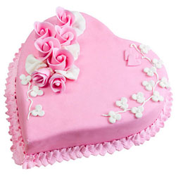 Lip-Smacking Heart-Shaped Strawberry Cake