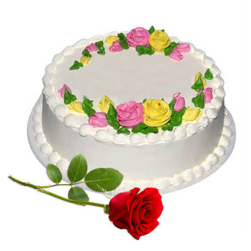 Enticing Eggless Vanilla Cake with Red Rose