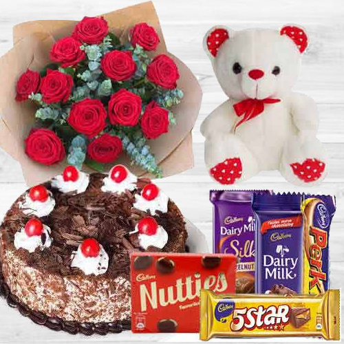 Eye-Catching Love Treat Gift Set