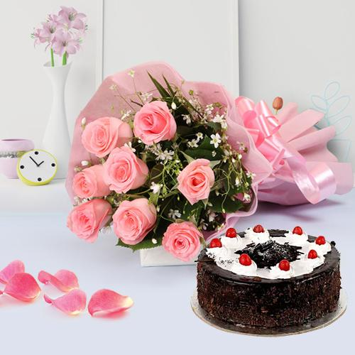 Graceful Bouquet of Pink Rose with Fresh Bakery Cake