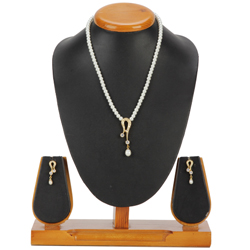 Beautiful Necklace Set designed with Fashion Pearl and AD Stones