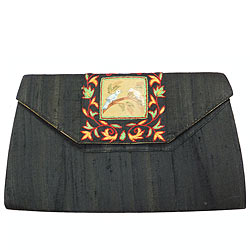 Fascinating Black Coloured Spice Art Purse for Pretty Women
