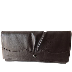 Fetching Ladies Leather Wallet from Rich Born