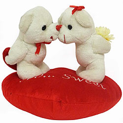 Passionate Kissing Couple on Heart<br>