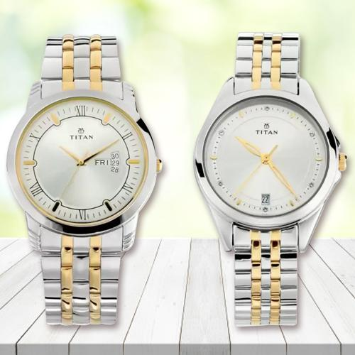 Mesmerizing Titan Analog Watch for Couple